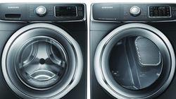 Samsung di nuovo nei guai: richiamate 3 mln di lavatrici. Si stacca il