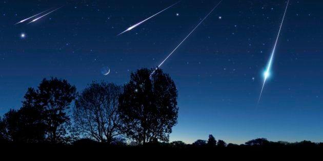Notte di San Lorenzo con stelle cadenti, l'inquinamento luminoso e le nuvole mettono a rischio lo