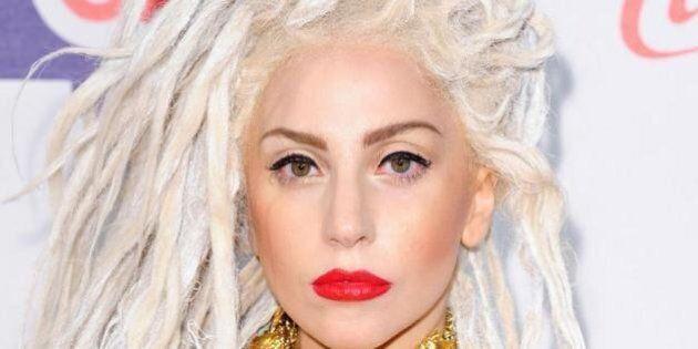 25 star che hanno dichiarato la loro bisessualità: Angelina Jolie, Lady Gaga, David Bowie, Megan Fox