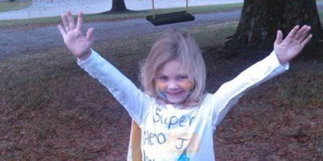 Josie, bambina di 4 anni malata di cancro, si traveste da se stessa nella