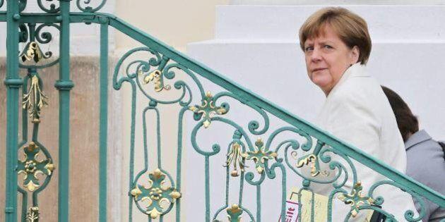 Migranti, la proposta di Berlino: il 10 per cento dei fondi europei alla crisi dei