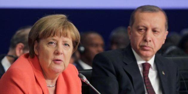 Erdogan contro Angela Merkel:
