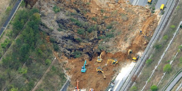 Terremoto Giappone, decine di morti e oltre duemila feriti. Il bilancio si aggrava di ora in