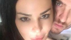Nina Moric scomparsa con il fidanzato. Il mistero dell'ultimo messaggio su