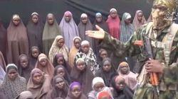 Boko Haram mostra le ragazze rapite nel 2014: