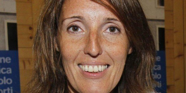 Elena Donazzan, assessore Veneto, rincorre il ladro di biciclette al grido