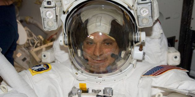 Gli astronauti americani possono votare: una legge del 1997 permette loro di partecipare alle