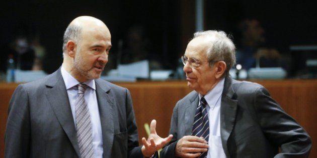 Manovra. Il governo prende tempo con la Commissione: correggiamo i conti nel Def. Ma Renzi alza lo scontro...