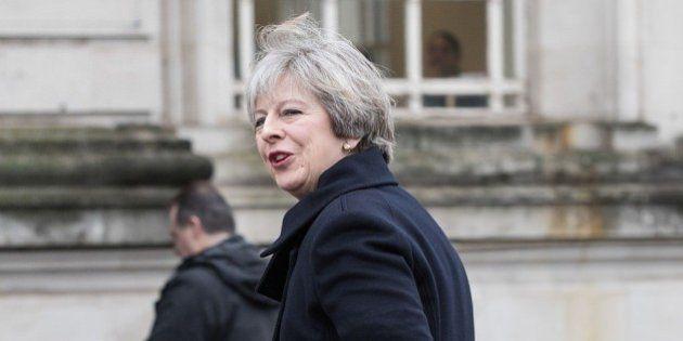 Brexit, Theresa May ottiene il sì della Camera Comuni all'avvio dei negoziati con l'Ue. Testo passa alla...