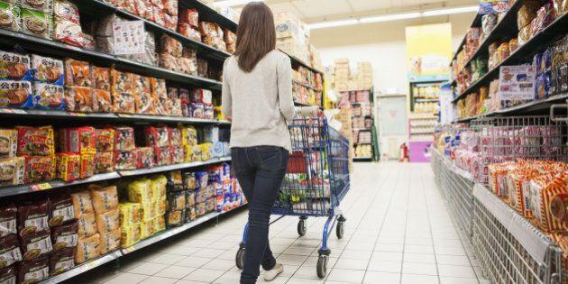 Apre a Napoli il supermercato dove si paga con ore di