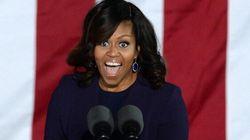 Nell'ultimo discorso da first lady Michelle lascia la parola a Barack nel modo più romantico