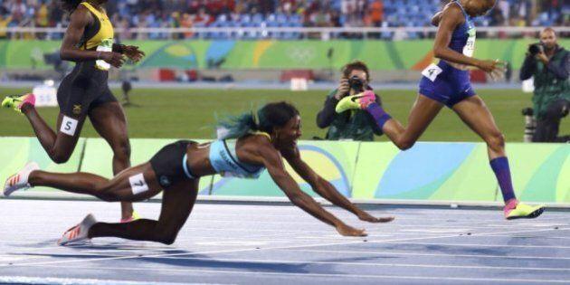Olimpiadi Rio 2016, Shaunae Miller si tuffa sul traguardo e vince la medaglia d'oro nei 400 mt