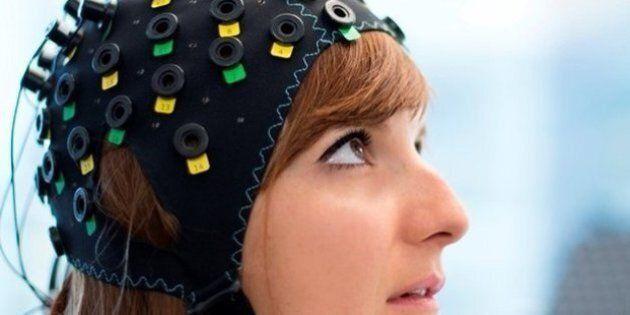 Sindrome locked-in, gli scienziati inventano una cuffia rivoluzionaria in grado di