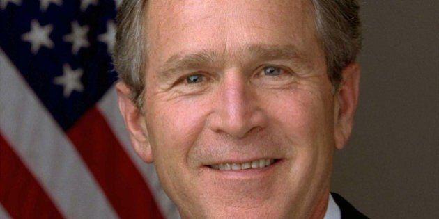 George W. Bush e la moglie Laura votano scheda bianca. Donald Trump si dice