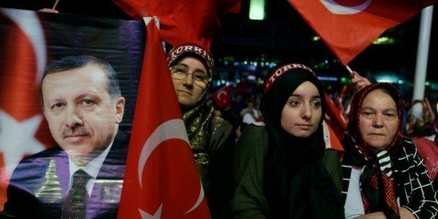 Indulto in Turchia, scarcerati 38 mila detenuti per far spazio ai golpisti nelle carceri. E arriva il...