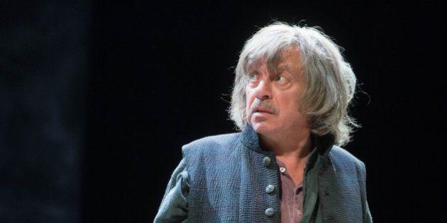 Paolo Rossi porta al teatro Vittoria