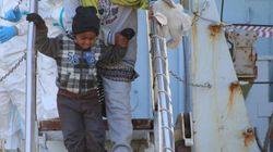 Migranti, tragedie, la piccola Favour, la solidarietà e le lacrime di
