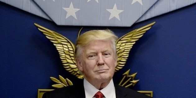 Usa-Iran, tensione alle stelle. Trump annuncia nuove sanzioni. Il ministro degli Esteri iraniano: