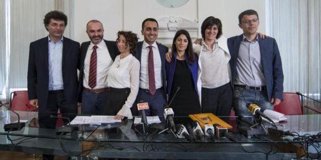 M5S. Città che vai, regole che trovi. Roma sotto tutela di uno staff, a Bologna niente primarie, a Milano...
