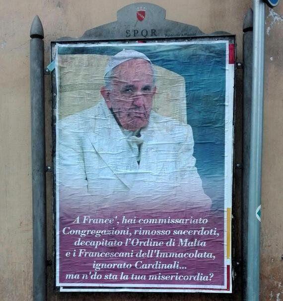 Papa Francesco nomina Angelo Becciu delegato speciale presso l'Ordine di Malta. Manifesti a Roma contro...