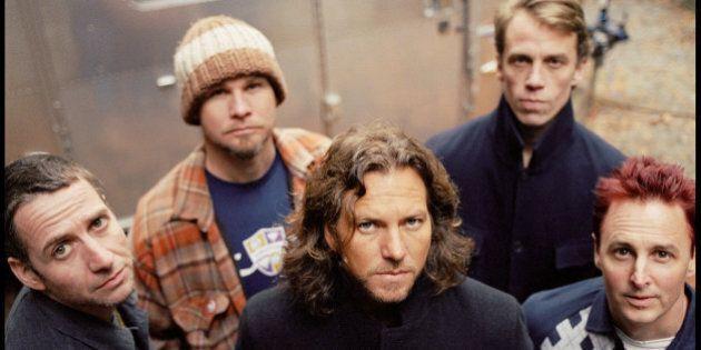 I Pearl Jam contro la legge anti Lgbt del Nord Carolina, annullato il concerto del 20