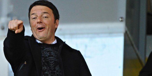 Matteo Renzi brinda al duo Berlusconi-Salvini a Bologna: ora è caccia al voto moderato.
