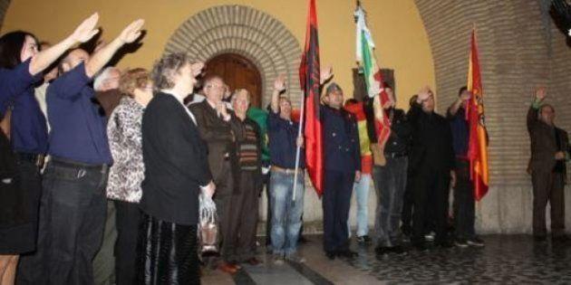 Il pellegrinaggio fascista che imbarazza l'ambasciata italiana a Madrid. Che nega il patrocinio. Ma viene...