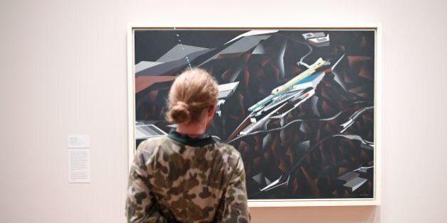 Il Moma espone le opere di sette artisti colpiti dal bando anti immigrazione di