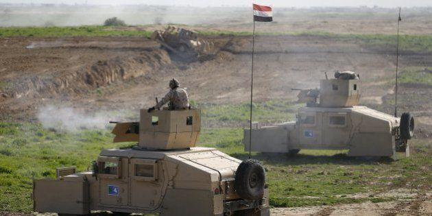 Iraq, esercito alza muro anti-Isis attorno a Baghdad. Servirà a prevenire l'infiltrazione di terroristi...