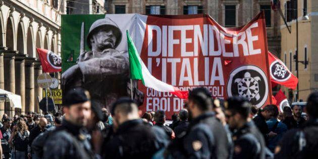 Da Genova a Chianciano, dal Movimento Sociale a CasaPound: quando la storia insegna poco o