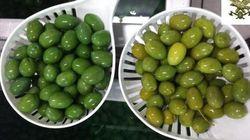 Le olive pugliesi colorate con additivi