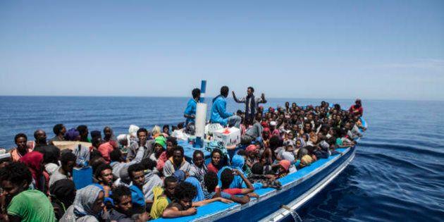 Fra i muri e i morti in mare, il pericolo di un'Europa che rinuncia a se