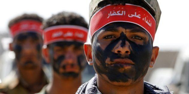 Yemen, ribelli Houthi lanciano missile su Riad: