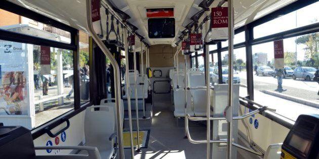 Roma: arrivano nuovi bus, controllore fisso su 5