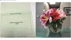 Le manda i suoi fiori preferiti anche il divorzio: il gesto di questo marito ci insegna
