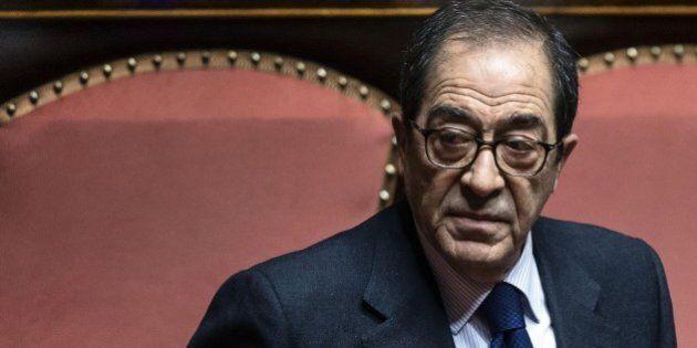Donato Bruno morto, il senatore di Forza Italia colpito da ischemia. Era in Parlamento dal