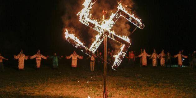 Donald Trump, il Ku Klux Klan annuncia una