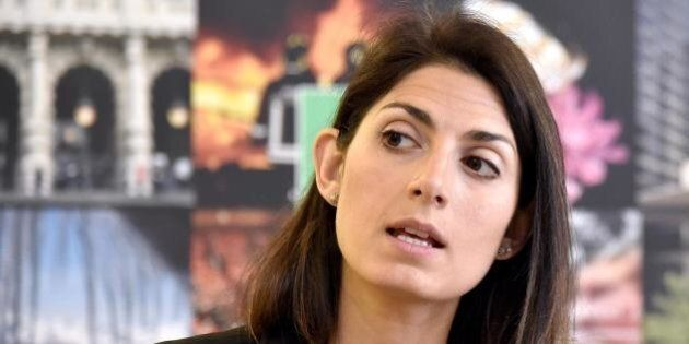 Roma, training tv per Virginia Raggi. Nel quartier generale sottoposta per due ore a una raffica di