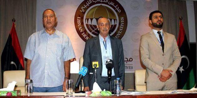 Libia, il Parlamento di Tobruk boccia il governo di unità nazionale di Fayez al