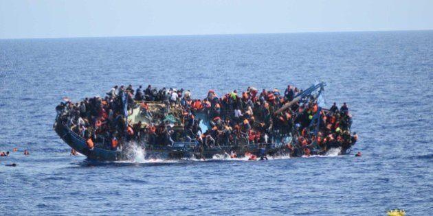 Migranti, Matteo Renzi aspetta la Commissione ma punta al Consiglio Ue: