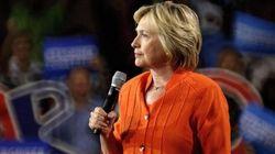 Altra grana per Hillary: l'Fbi scopre altre 15mila mail