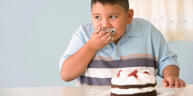 Niente dolci e bibite gasate ai bambini al di sotto dei 2 anni, uno studio Usa detta le nuove regole