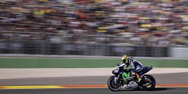 GP Valencia, Lorenzo campione del mondo 2015. Valentino Rossi quarto. Polemica su