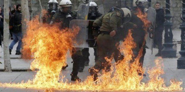 Sciopero generale in Grecia, Tsipras riapra la partita con i