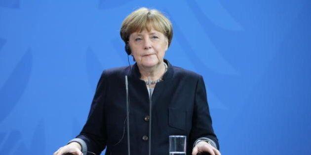 Angela Merkel spiega la