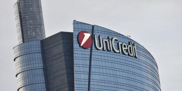 Unicredit: accordo per 2.700 uscite