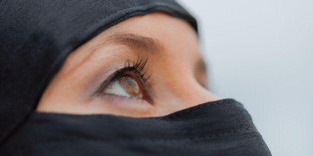 La rivoluzione delle donne islamiche parte dal chirurgo
