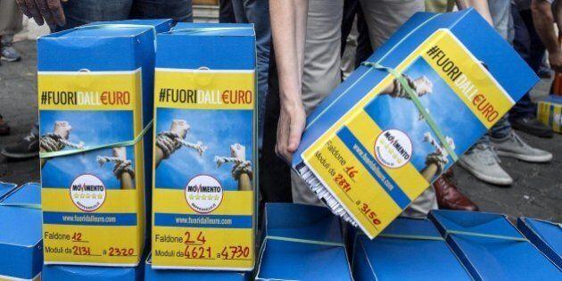 Il Movimento 5 Stelle rilancia il referendum per l'uscita dall'euro: