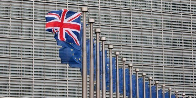 Brexit, sondaggi Guardian: maggioranza vuole uscire dall'Ue. Una prospettiva che spaventa tutti, anche