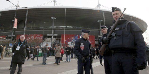 Stade De France a Parigi blindato per Francia-Italia di rubgy, primo evento sportivo dagli attentati...
